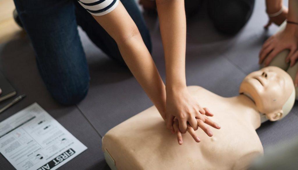 Defibrillatori nei punti vendita Esselunga