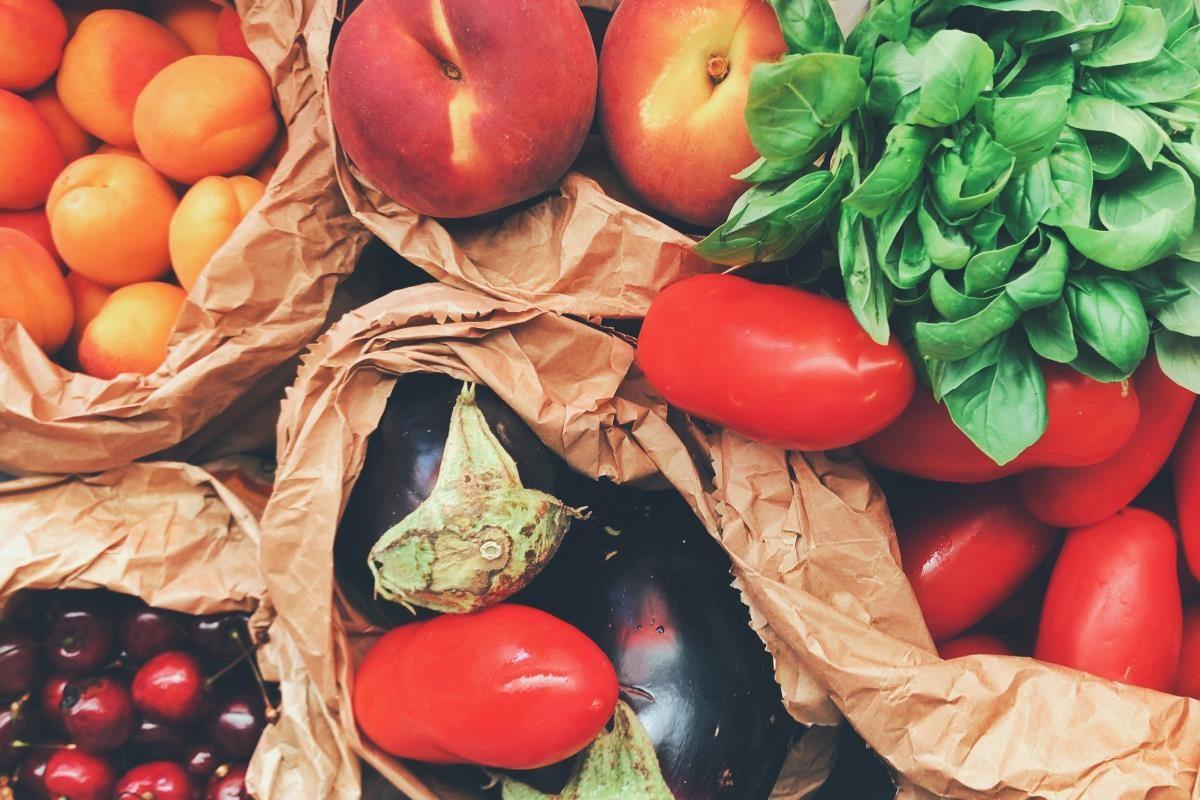 Come lavorano i nostri shopper: disposizione e conservazione dei prodotti nelle borse
