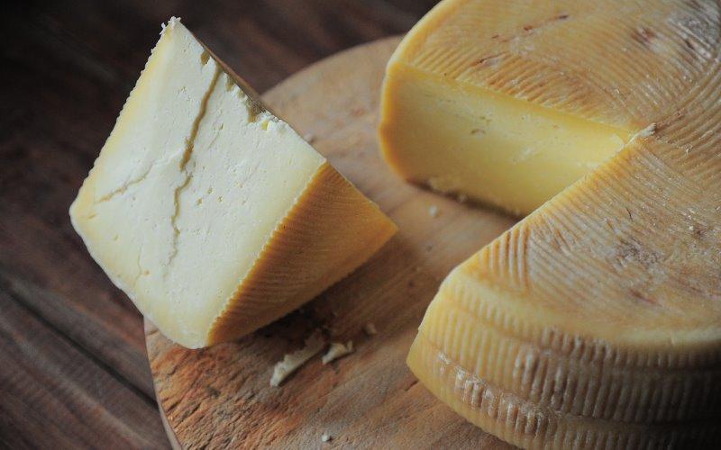 Conservare i formaggi in frigorifero