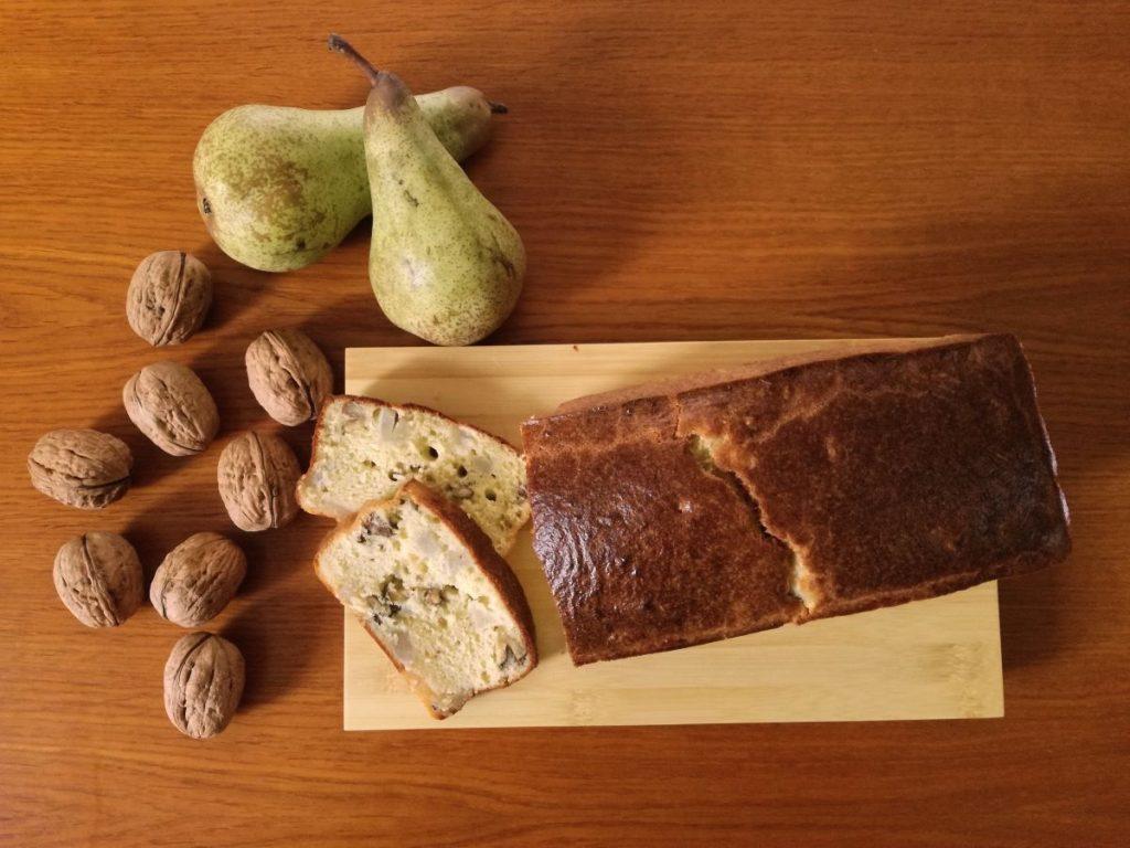 Ricetta del plumcake salato con pere e noci