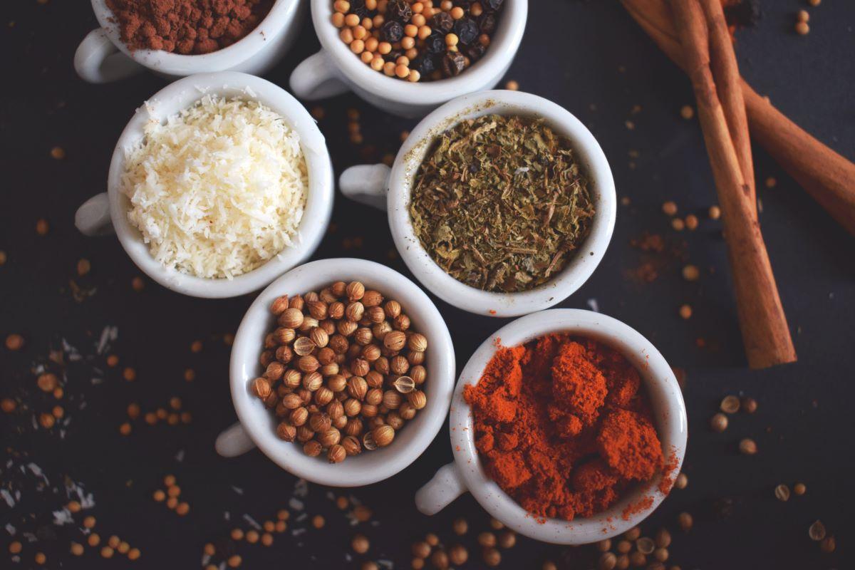 Tipi di spezie: elenco e usi in cucina