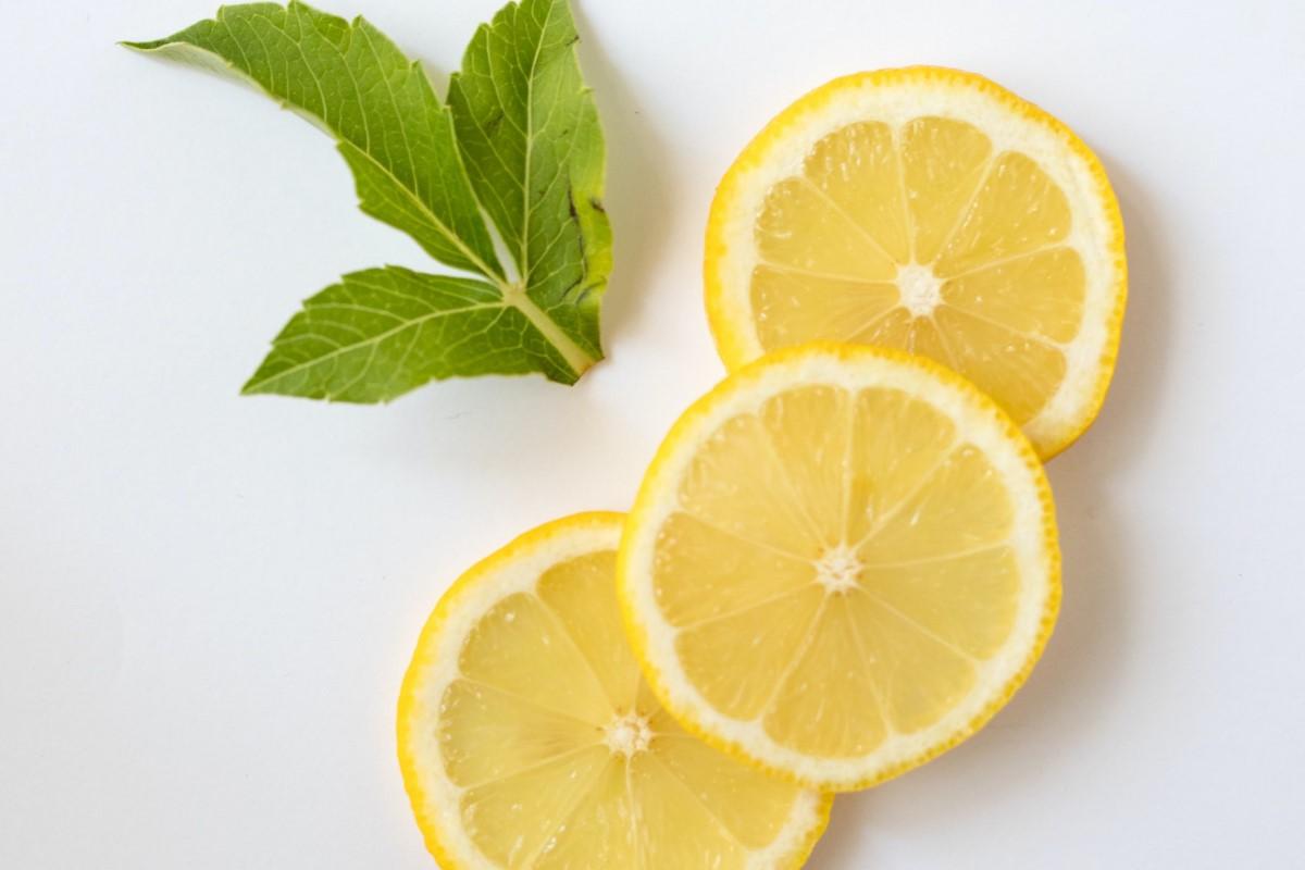 Limone: proprietà, benefici e controindicazioni