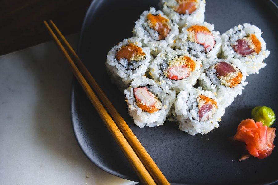 Aceto di riso, utilizzato per il sushi