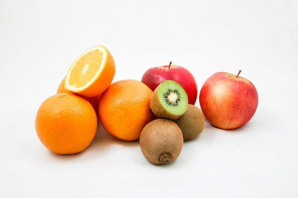 Arance, kiwi e mele