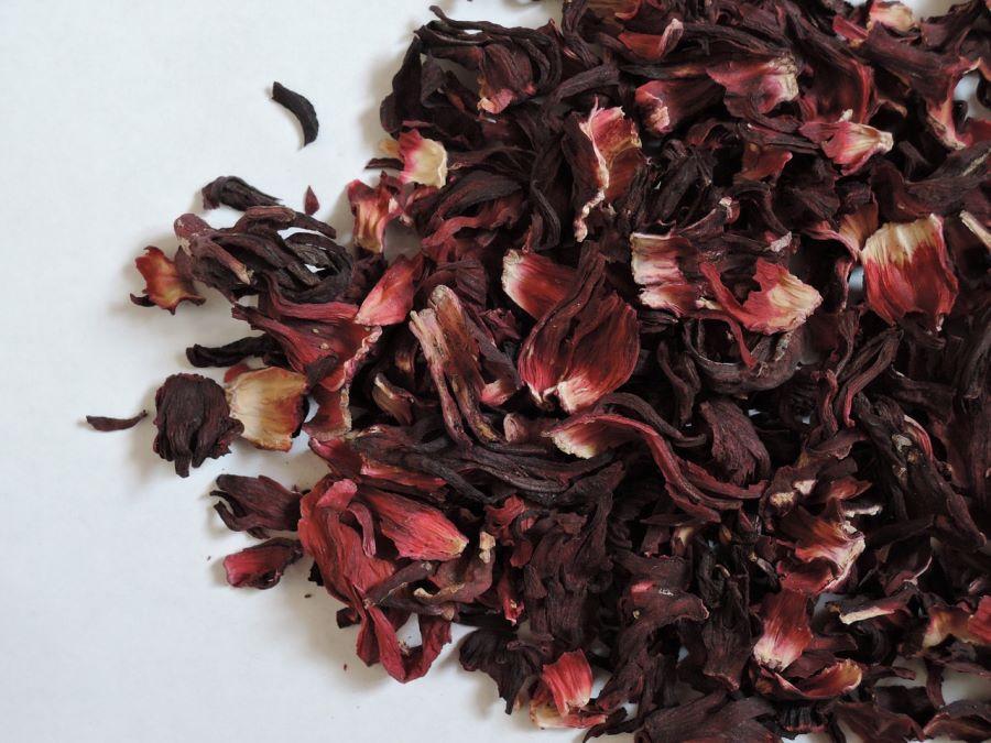 Karkadè: fiori di ibisco essiccati