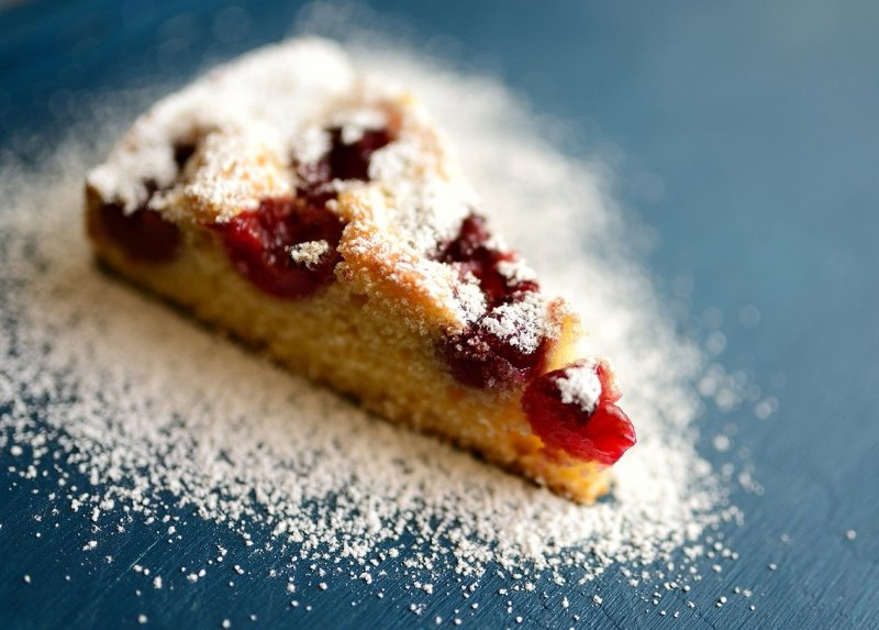Torta con zucchero a velo
