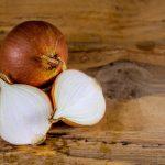 Come conservare le cipolle (intere o tagliate)