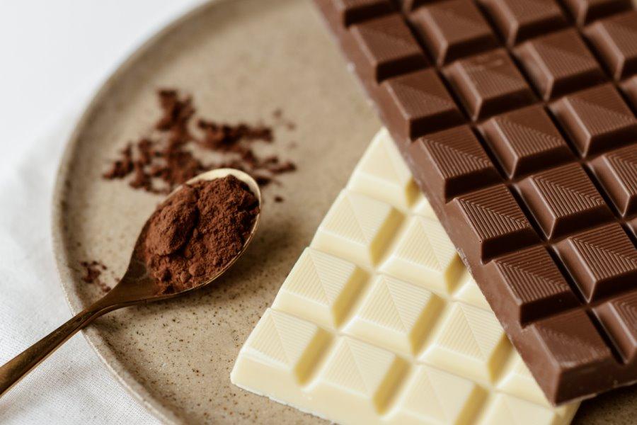 Yogurt greco con cioccolato