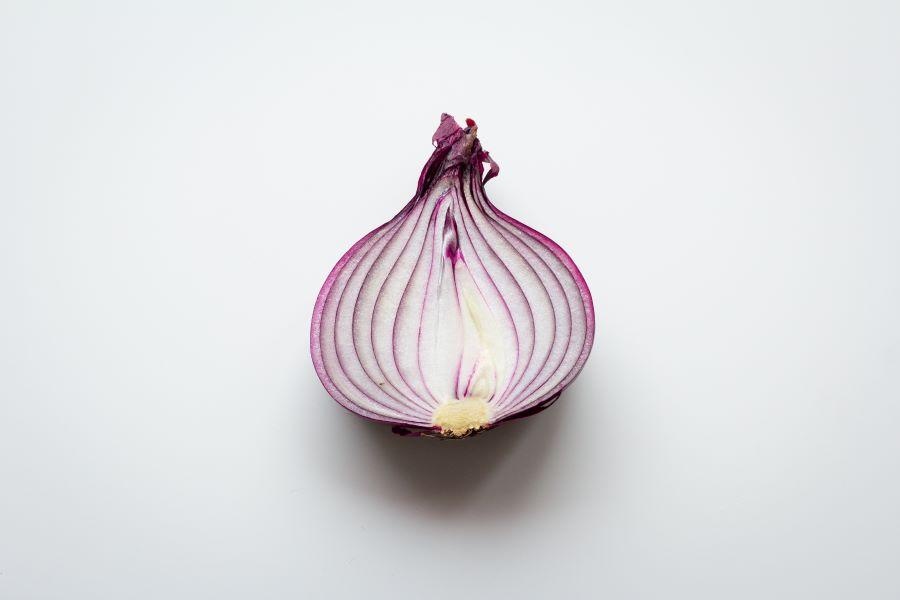 Cipolla a metà